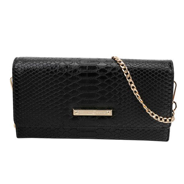 Para-um-look-mais-sofisticado-e-com-toque-de-luxo-invista-na-bolsa-femina-feita-em-material-sintetico-com-textura-de-cobra